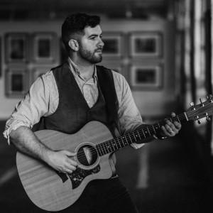 Stephen Cummings - Singing Guitarist in Anderson, Indiana