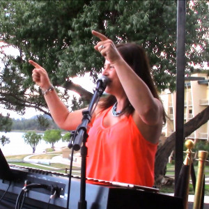 Susan Landers Kolb, Entertainer - One Man Band in Ruidoso, New Mexico