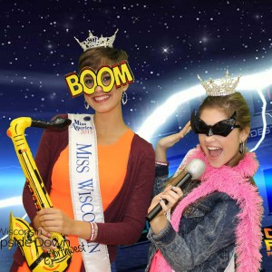 TapSnap 1142 - Photo Booths in Eau Claire, Wisconsin