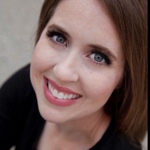 Taryn Whipple - Broadway Style Entertainment / Singing Pianist in Milwaukee, Wisconsin