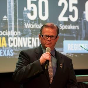 J Loren Norris - Motivational Speaker / Storyteller in Dallas, Texas