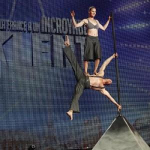 The Flag Man - Acrobat / Circus Entertainment in Quebec City, Quebec