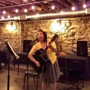 The Janelle Jam - Singing Guitarist in St Louis, Missouri