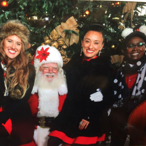 The Jeanettes - Christmas Carolers in San Francisco, California