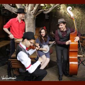 Kristen Lynn & The Foxgloves