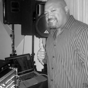 D.J. 2e - DJ / Pop Singer in Roseville, California