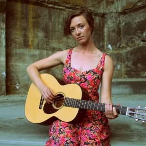 Megan Alder - Singing Guitarist / Guitarist in Hood River, Oregon