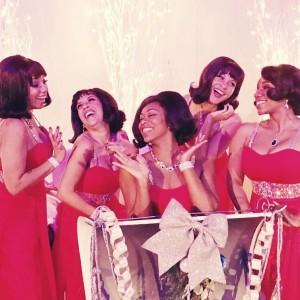 The Noelles - Christmas Carolers in Los Angeles, California