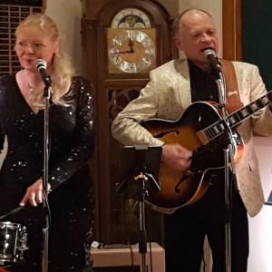 The Waltzing Matildas - Acoustic Band in Calgary, Alberta