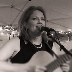 Theresa Miller - Singing Guitarist in Boston, Massachusetts