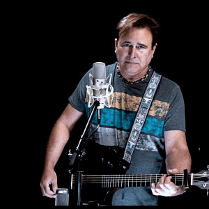 Tod Anthony - Singing Guitarist in Houston, Texas
