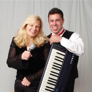 Tokens of Love - Wedding Singer / Singing Pianist in Elgin, Illinois