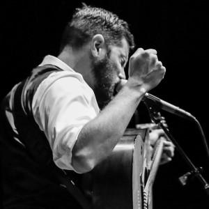 Tom Rhodes - Singing Guitarist in San Francisco, California