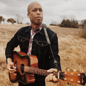 Tommy Busby - Singing Guitarist in Dallas, Texas
