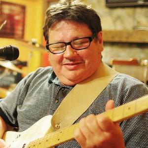 Tony Barge - Singing Guitarist in Pittsburgh, Pennsylvania