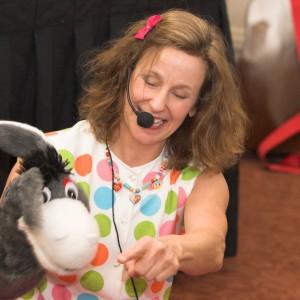 Tracey Eldridge Entertainment - Children's Party Entertainment / Balloon Twister in Baltimore, Maryland