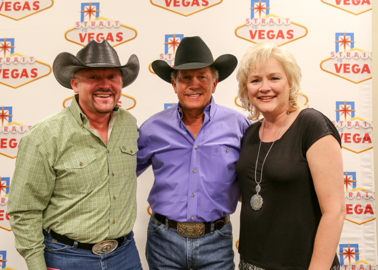 George Strait & Garth Brooks To Perform Together As A