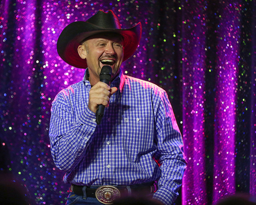 Hire Tribute to George Strait - Country Singer in Apache
