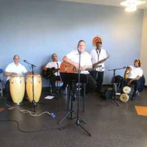 Trio Los Claveles - Latin Band / Merengue Band in Rochester, New York