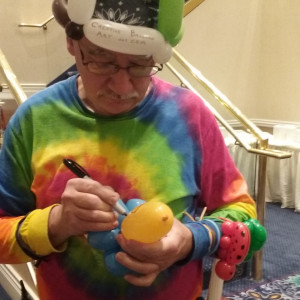 Uncle Rich - The Balloon Bender - Balloon Twister in Woodridge, Illinois
