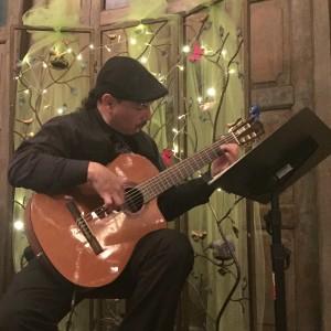 Laudente (Laudy) Montoya - Guitarist in Albuquerque, New Mexico