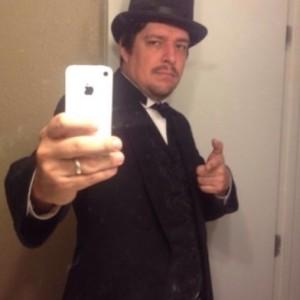 Urial - Strolling/Close-up Magician / Corporate Magician in San Antonio, Texas