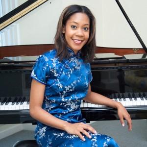 Ursula Matlock - Singing Pianist in Santa Ana, California