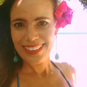 Vanessa Melendez - Guitarist in Kauai, Hawaii