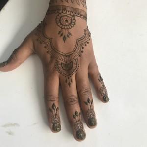 Veena's henna - Henna Tattoo Artist in Madison, Wisconsin