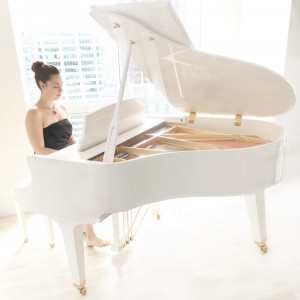 Heidi Savoie - Pianist and Vocalist for Weddings and Events - Pianist in Toronto, Ontario