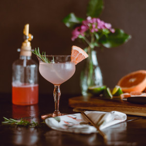 Vintage Pour Mobile Bar - Bartender in Nelson, British Columbia
