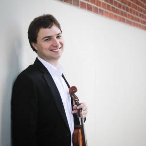 Oleg Larshin - Violinist - Violinist / Strolling Violinist in Montreal, Quebec