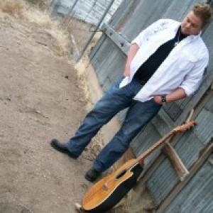 Wade Buzzard - Singing Guitarist in Seattle, Washington