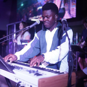 Worship Leader - Singing Pianist / Singing Guitarist in Enterprise, Alabama