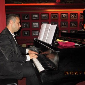 Elis Lloshi - Worship/Gospel Keyboardist - Keyboard Player / Pianist in Staten Island, New York