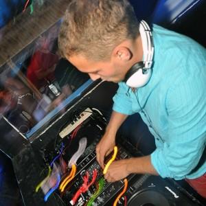 Y'not - Club DJ in Edwardsville, Illinois
